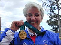 Head and shoulders photo of Isabel Newstead with her gold medal