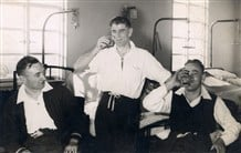 Men drinking on the ward in the 1950s