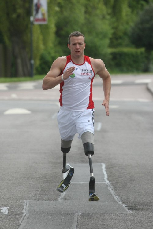 Para athlete Richard Whitehead in training