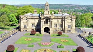 Aerial photo of Cartwright Hall Art Gallery and Museum