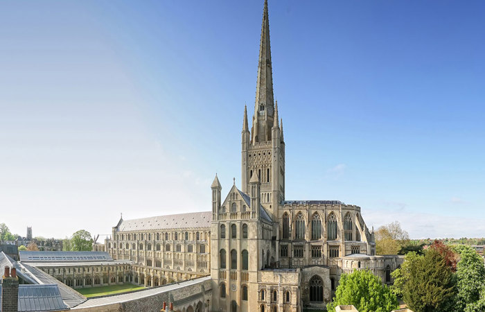 Photograph of Norwich Cathedral by Paul Hurst